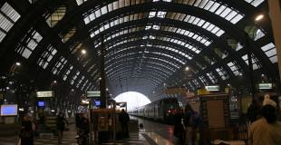 800px-IMG_3030_Binari_Stazione_centrale_di_Milano_-_Foto_Giovanni_Dall'Orto_1-1-2007