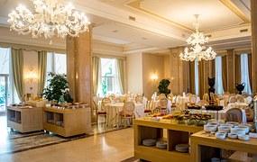 hotel-940730__180
